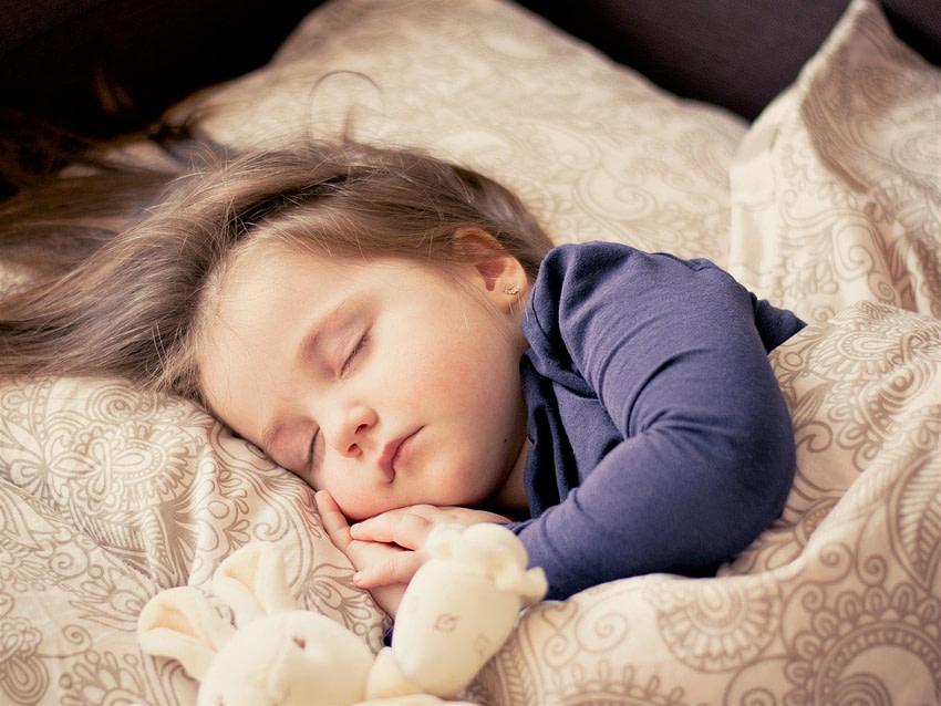 Trẻ ngủ ngon khi ăn đậu bắp